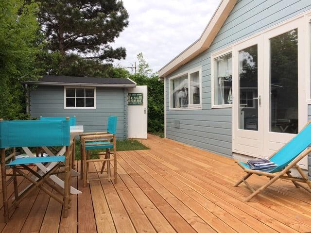 ferienhaus streichen alles ist sehr sch n geworden holzfarbe schwedenfarbe moose f rg. Black Bedroom Furniture Sets. Home Design Ideas