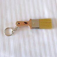 Schlüsselhänger mit Elch und Pinsel