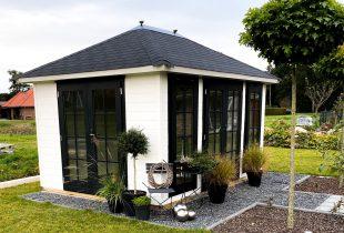 Gartenhaus schwarz malen