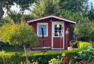 gartenhaus rot streichen